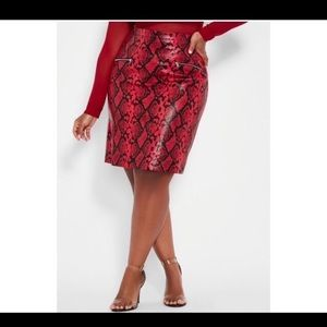 Red snake skin faux leather skirt